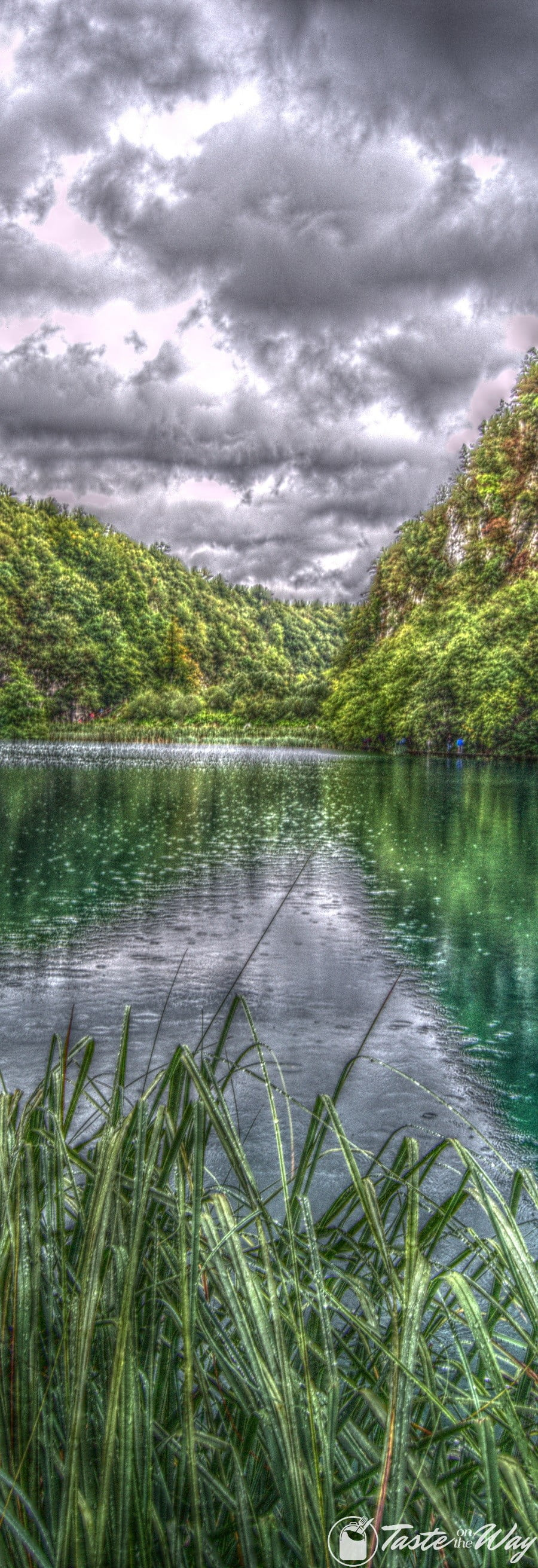 Check out these amazing pictures of Plitvice lakes in #Croatia - it's captivating! #travel #photography #hdr @tasteontheway