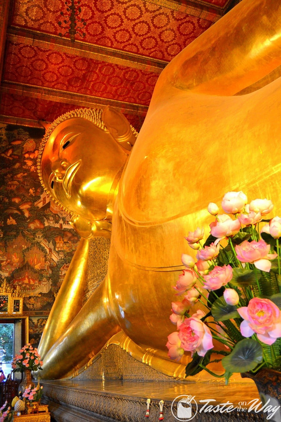 Top 10 Best Things to Do in Bangkok - Visiting the Buddhas is just one of the top #thingstodo in #Bangkok, #Thailand. Check out for more! #travel #photography @tasteontheway